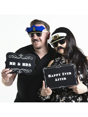 'Mr & Mrs' Vintage Style Photo Booth Prop
